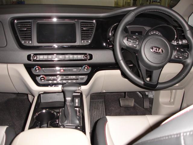 Kia Sedona 2.2 Crdi Ex + Auto (8 Seater) 2