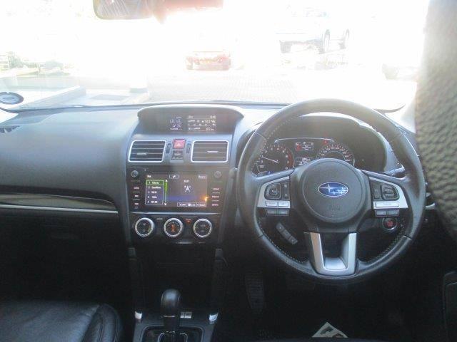 Subaru Forester 2.5 Xs Lineartronic 12